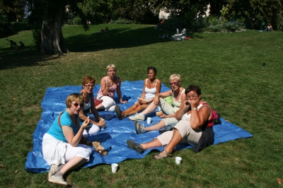 Picknicken in Buttes-Chaumont