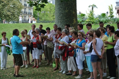 Zingen in Buttes-Chaumont